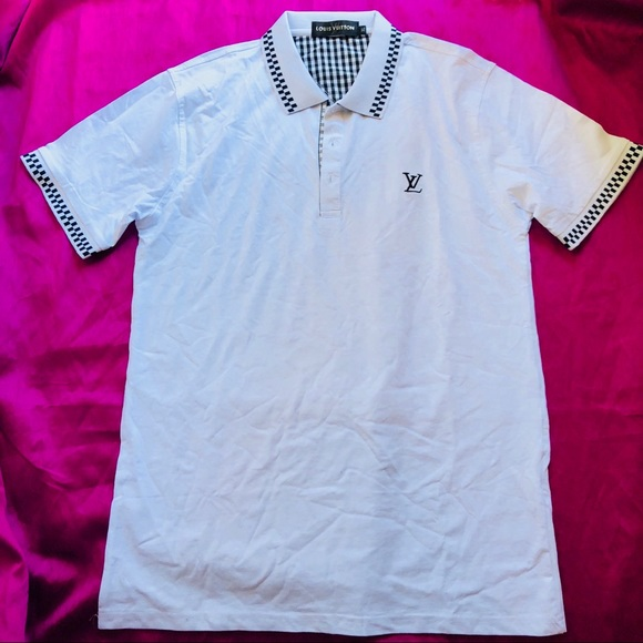 a87af026d112 Louis Vuitton Polo. M 5b170e82194dadf303793299